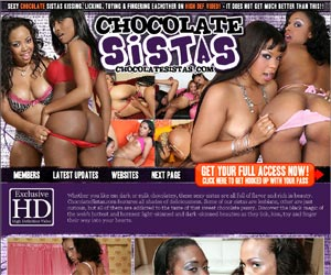Chocolate Sistas - Sexy chokolate sistas kissing, licking, toying and fingering ewachother
